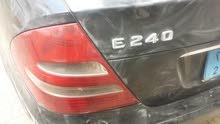 تم تخفيض السعر لعشاق المرسيديس للبيع مرسيديس بنز 2004  E240 نظيف