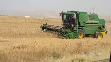 سائق الالات زراعيه حديثه وخاصة حصادات