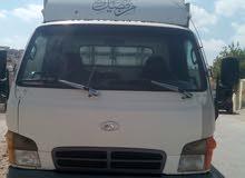سيارة نقل مع سائق لنقل العفش و مواد شركات