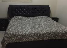 غرفة نوم بحالة جيدة