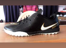 حذاء ترتان