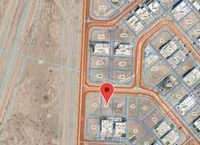 أرض سكنية في مرتفعات بوشر مقابل الشارع السريع وقاعدة غلا الجوية