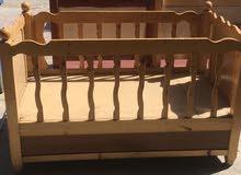 جرباية طفل خشب مستعملة نظيفة جداً