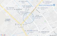 بيت في دور النفط على الشارع العام العسكري تجاري ركن من جهتين
