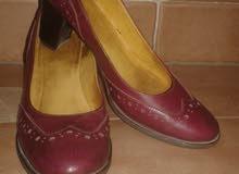 لمحبى الأناقة . حذاء حريمى جلد طبيعى 100 %