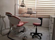 عيادة أسنان ضمن مركز طب عام لضمان