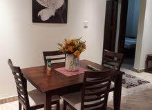 للايجار في منطقة السد شقة مفروشة غرفة و صالة و مطبخ و حمام