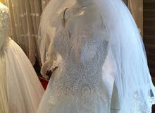 فستان زفاف أنيق
