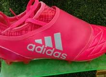 حذاء رياضي رقم (1) الاصلي