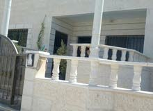 بيت مستقل للبيع سوبر ديلوكس 210م في الزرقاء