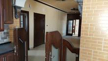 شقة طابقية للبيع