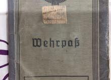 جواز الماني من فبل قرن ال20 لعقيد في الجيش الألماني اثناء حرب العالميه الأولى