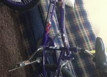دراجه كوبره مقاس 20  نظيف استعمل اقل من أسبوع بي 300 ريال