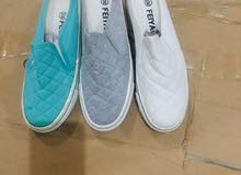 الان يوجد لدينا احذية طبية نفس الذي في الصوره وعرطة