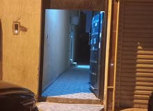 شقه للايجار بالعزيزيه قريبه من مجمع الطب العالمي