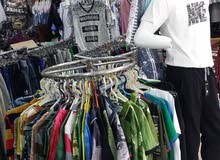 محل ملابس للبيع