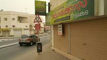 يوجد محلات تجاري علي شارع جدعلي
