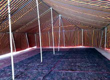 محل افراح للبيع بحالة ممتازة يشمل خيمة هندية وكراسي والواج مغاسل وصواوين وغيرها
