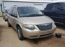 Automatic Gold Chrysler 2005 for sale