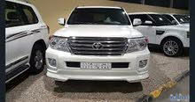 White Toyota Land Cruiser 2010 for sale