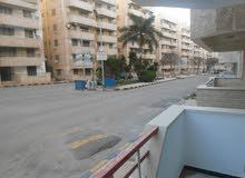 شقة 120م في شارع رئيسي - مسجلة في الاسكندرية شاطئ النخيل
