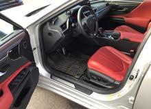 *Lexus ES350 F Sport 2019 full Option * *فئة خاصة * مستعمل  *بدون حوادث * وارد أمريكا