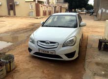 White Hyundai Accent 2010 for sale