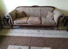 طقم كنبايات 7 مقاعد مستعمل بحاله جيده للبيع بسعر 80 دينار