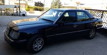 Available for sale! +200,000 km mileage Mercedes Benz E 200 1992