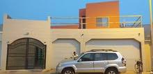 للبيع بيت كبير مكون من 4 شقق و 9 غرف في مدينة حمد