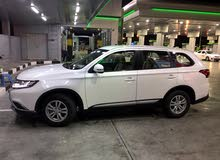 Mitsubishi Outlander 2016 For sale - White color