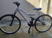دراجة هوائية جديده غير مستعملة نمرة 26 للبيع