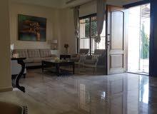 فيلا متلاصقه متعددة الطوابق مفروشة في منطقة دابوق  4 نوم مساحة 700 مت