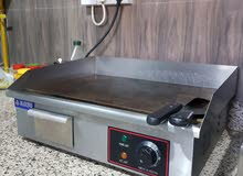جريل كهربائي للمطاعم والمقاهي نظيف