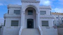 فيلا -مادبا حي الرشاد -بالقرب من مسجد المسيح ومدارس الرشاد