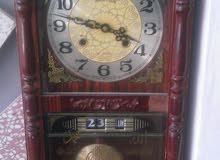 ساعة نوع قديم بحالة ممتازة جدا ميكانيكية