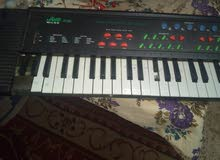 بيانو الكتروني