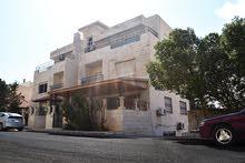 شقة مميزة بمدخلين للبيع في عبدون  من المالك
