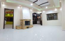شقة للبيع طابق 3 في الزرقاء الجديدة جبل المغير مطلة مساحة 150م