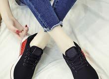 حذاء نسائي - قابل للتنفس , بتصميم عصري