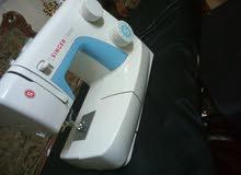 ماكينة خياطة نوع سنجر بحالة جيدة