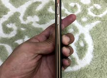 iphone XS 64GB gold only 3 months used