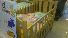 سرير اطفال جديد للبيع كاش او شيك