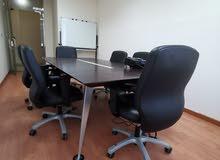 للإيجار الشهري او السنوي - مكاتب مؤثثة ومجهزة بالكامل