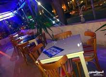 مطعم  بمساحة جيدة للبيع الدوار الثاني والثالث 400 م ترسات مقابل فندق الانتركونتيناتل بسعر مغري