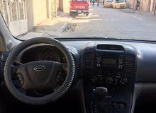 سيارة كيا سيدونا موديل 2011 بحالة جيدة