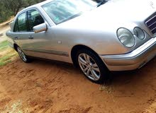 Mercedes Benz E 200 1999 - Automatic