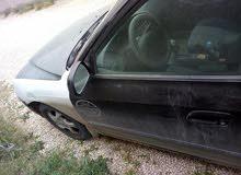 هونداي تاكسي بيضاء وكحله شيك مصدق2001