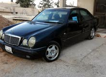 +200,000 km Mercedes Benz E 200 1997 for sale