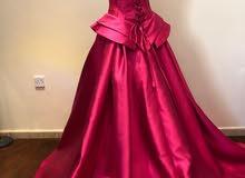 فستان فوشي